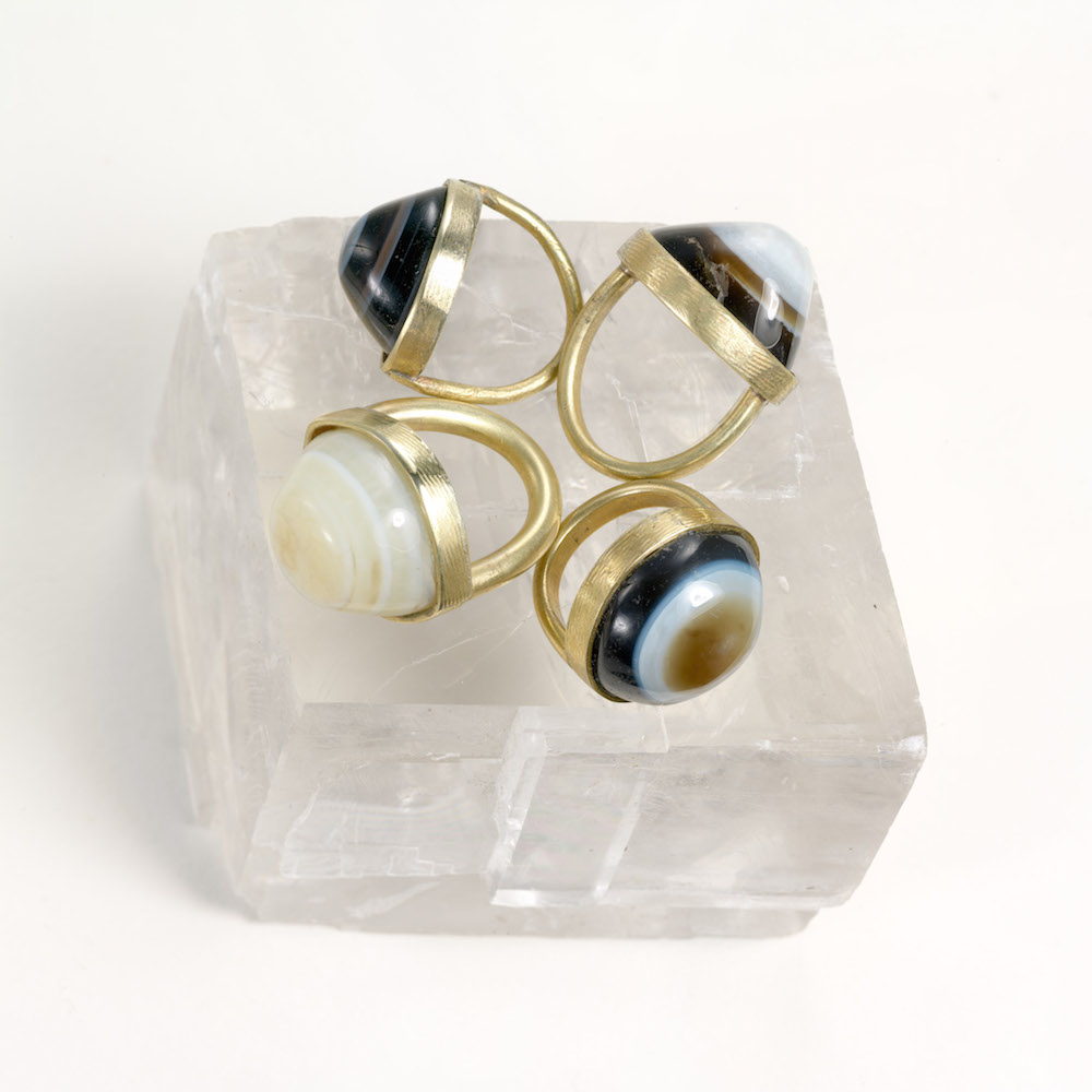 "Magic - Agate ""Shiva's eye"" ring set in brass"